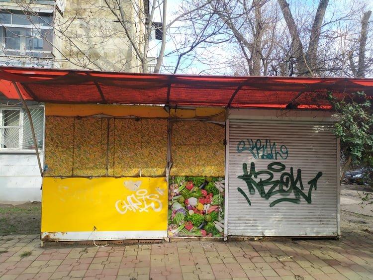 Continuă exemplele de demontare și evacuare benevolă a garajelor și gheretelor în sectorul Botanica